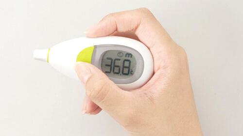 耳で測定する耳式体温計