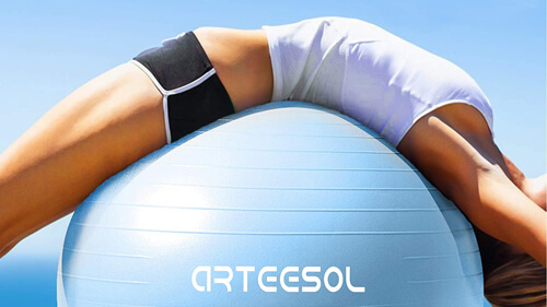 バランスボールは腰痛や肩こりにも効果的
