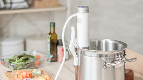 低温調理器の鍋への取付方法で選ぶ