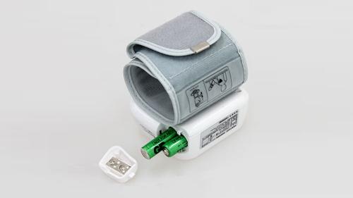 血圧計 電源タイプで選ぶ AC電源 電池式