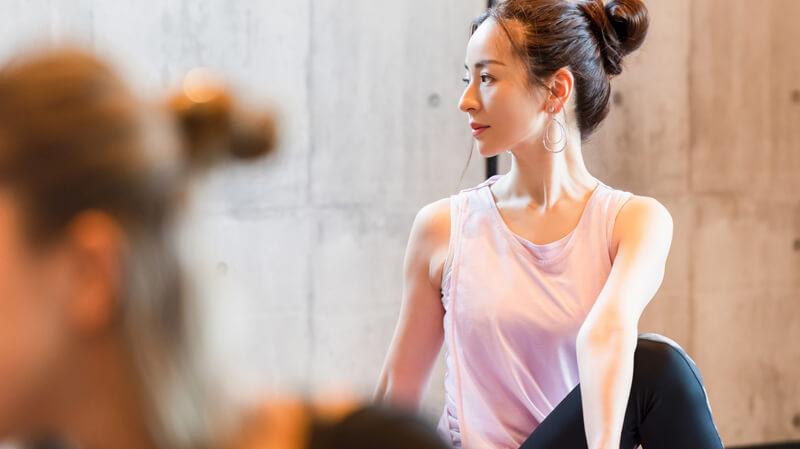 肩甲骨はがし・肩こりに効果的な温熱低周波治療器のおすすめ3選